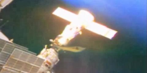 nasa-iss-ufo-spaceship
